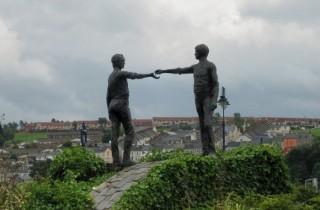 'Hands across the divide' sculpture, city of Derry